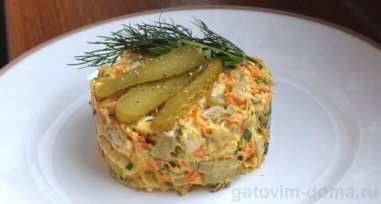 Салат Обжорка с курицей по классическому рецепту приготовления