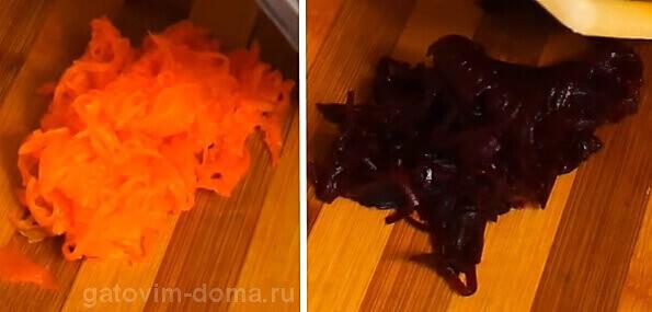Натертые морковь и свекла для приготовления салата ко дню всех влюбленных
