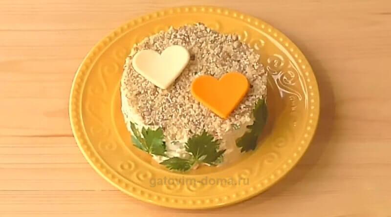 Пошаговый рецепт создания простого и быстрого салата ко дню влюбленных