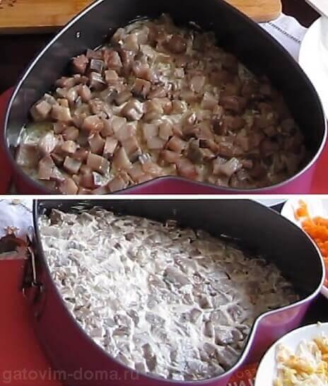 Слой филе селедки в виде сердца для приготовления салата под шубой