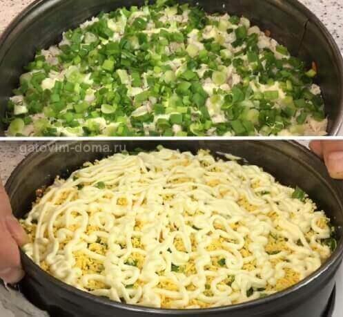 Слой измельченного лука и куриного желтка в слоеном салате