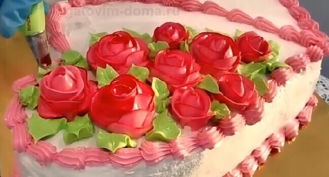 Создаем зеленые лепестки для роз из крема
