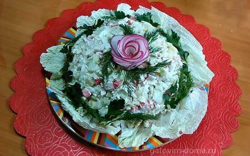 Подробный рецепт приготовления вкусного и легкого салата без майонеза к 8 Марта