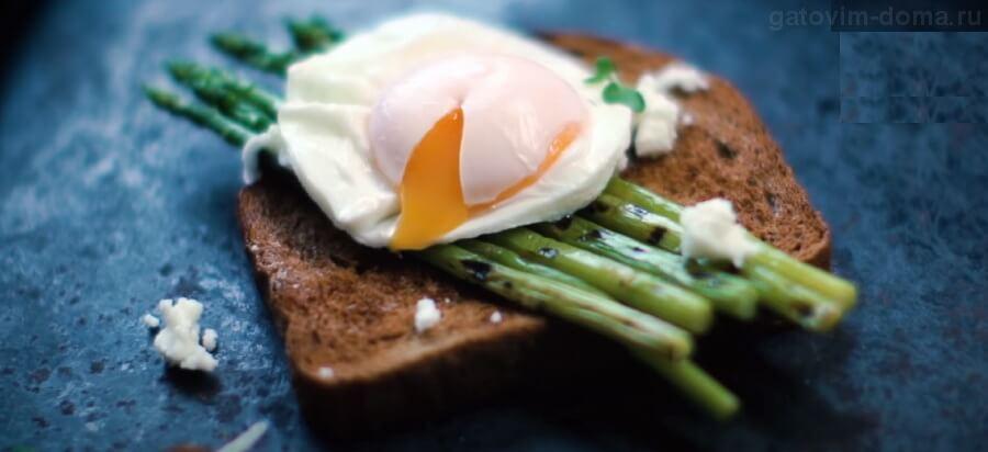 Простой и быстрый способ приготовления яйца пашот в кастрюле