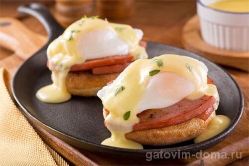 Что такое яйца Бенедикт и почему они так называются