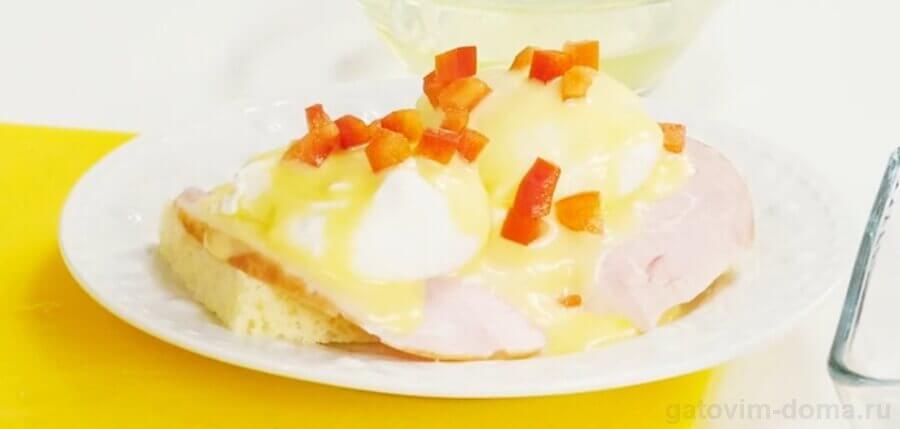 Пошаговый рецепт приготовления яиц Бенедикт по классическому рецепту