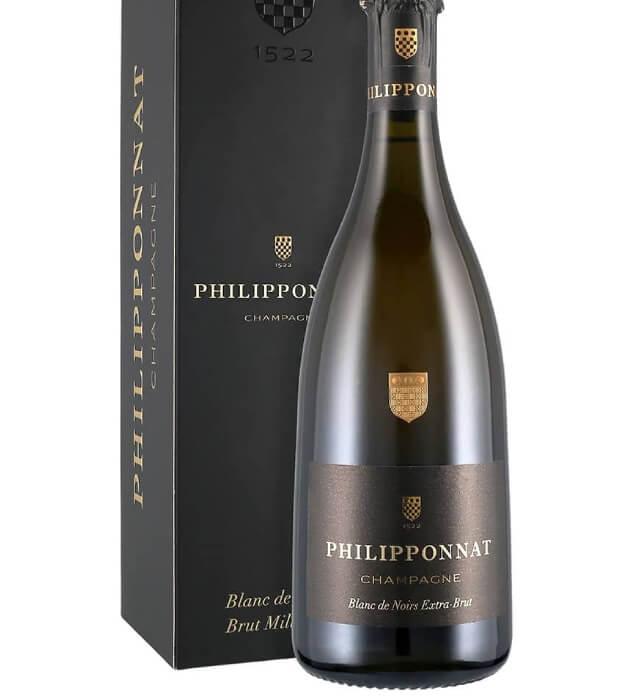 Шампанское Blank de noirs из черного винограда