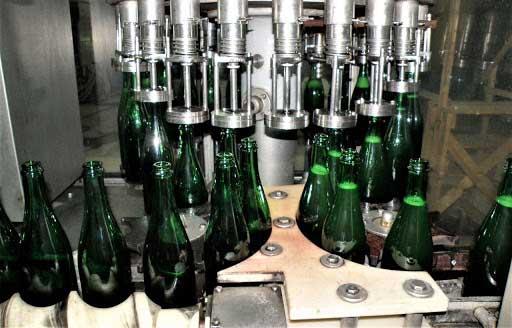 Процесс прохождения бутилирования вина