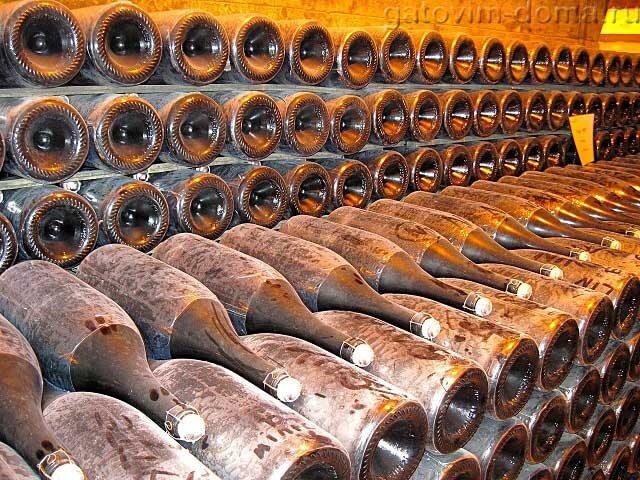 Выдержка шампанского в бутылках
